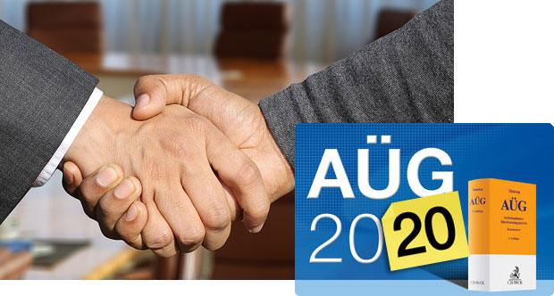 shaking-hands-aueg-2020